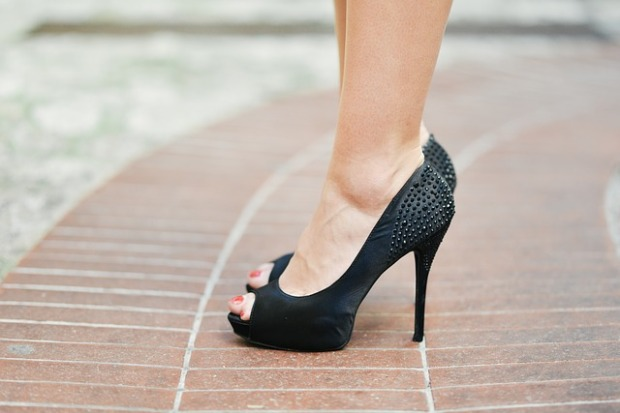8 must have shoes for woman